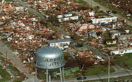 hurricaneandrew_trans_NvBQzQNjv4BqrpfQw2hJyG_yckwxPAr0gqsW2GA9nAM4IFtGNFTInME